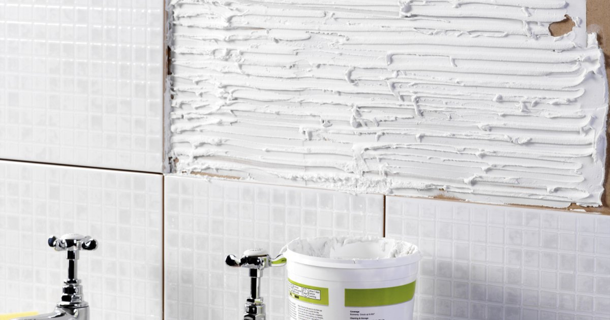 How To Repair A Bathroom Wall After Removing Tile Ehow Uk