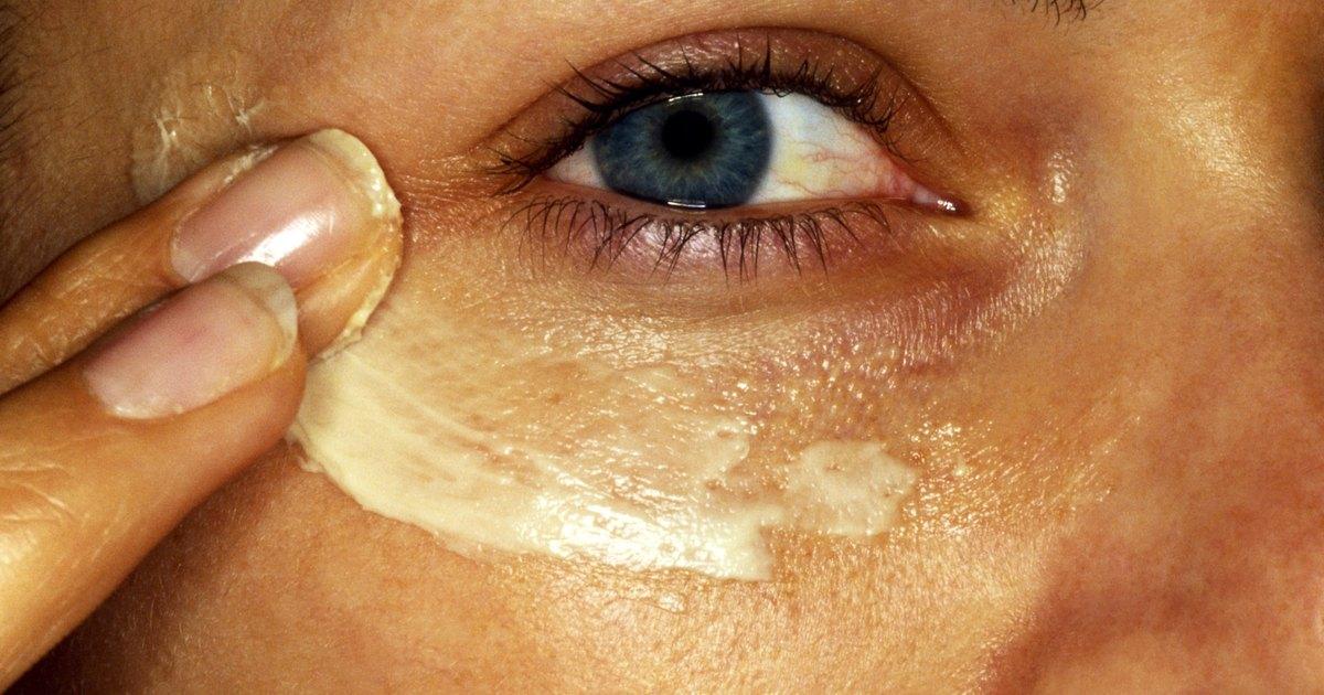 Las bolsas en los ojos por la osteocondrosis del cuello