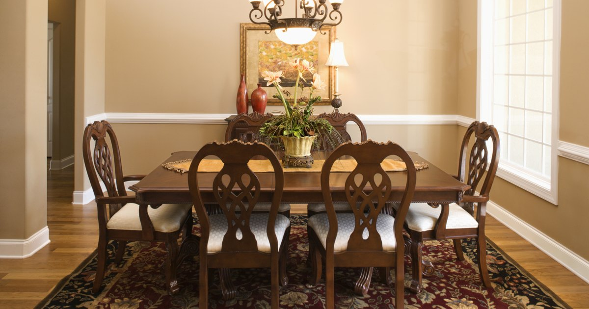 French country decorating ideas for a dining room ehow uk for Country style dining room ideas