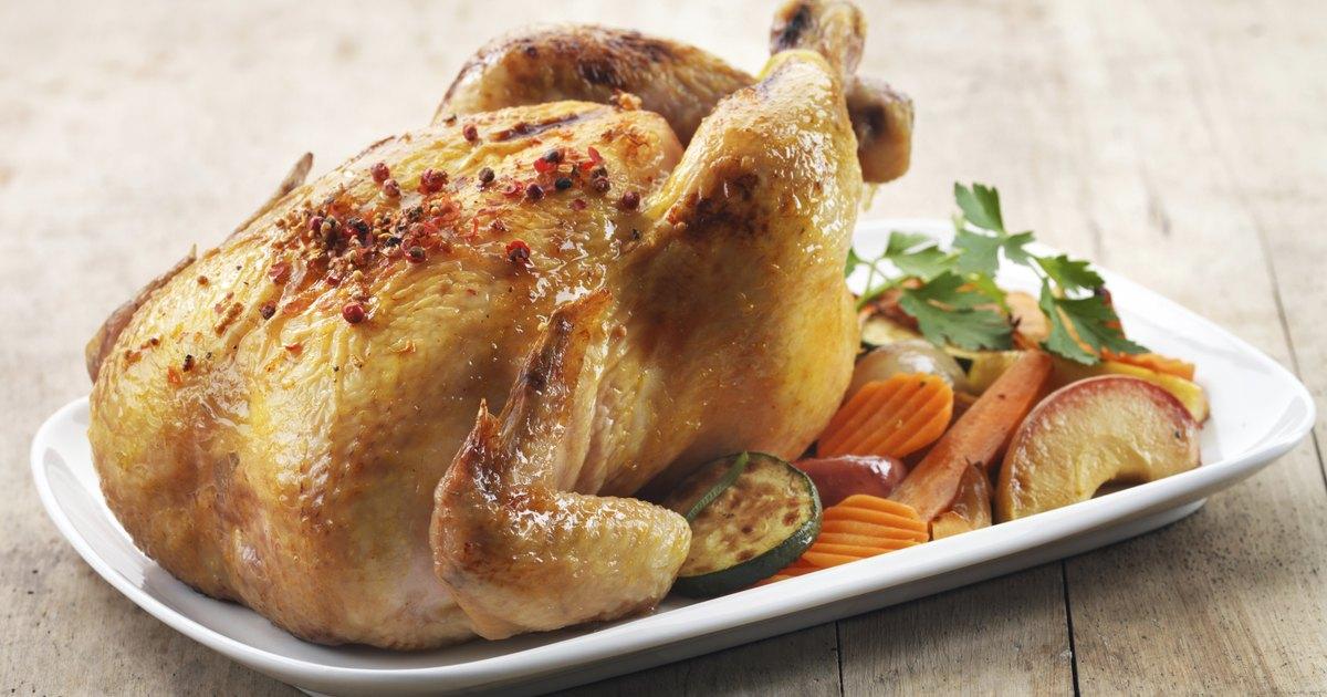 C mo cocinar pollo en un horno tostador ehow en espa ol for Cocinar a 90 grados