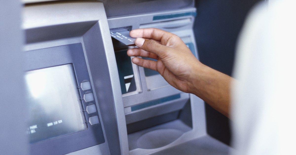 como sacar dinero de una tarjeta de credito por cajero