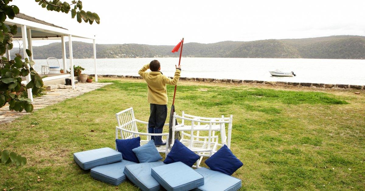 Outdoor nautical theme ideas ehow uk for Nautical themed backyard