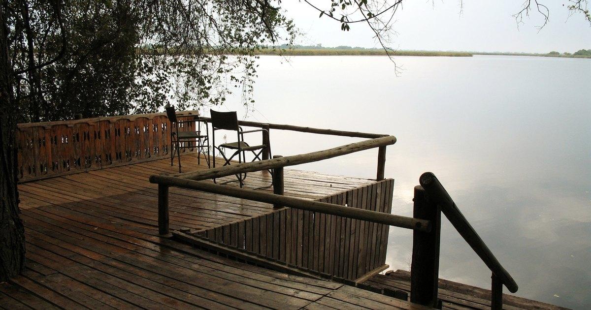 C mo construir escaleras de madera para exteriores ehow - Como fabricar escaleras de madera ...
