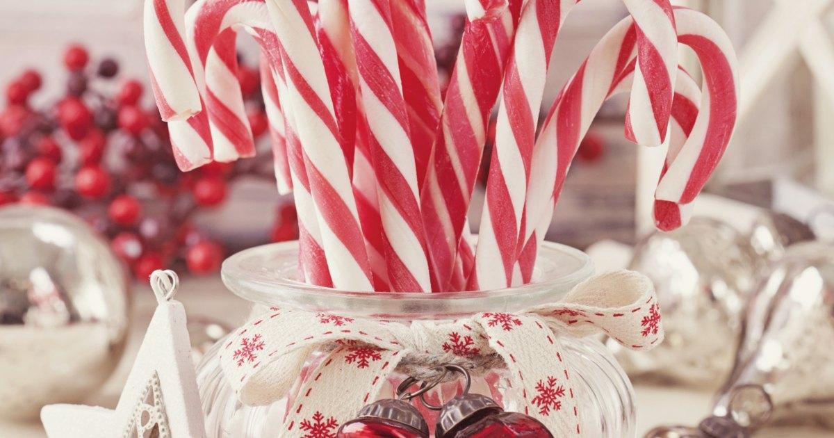 Ideas para centros de mesa navide os hechos en casa ehow - Ideas para arreglos navidenos ...