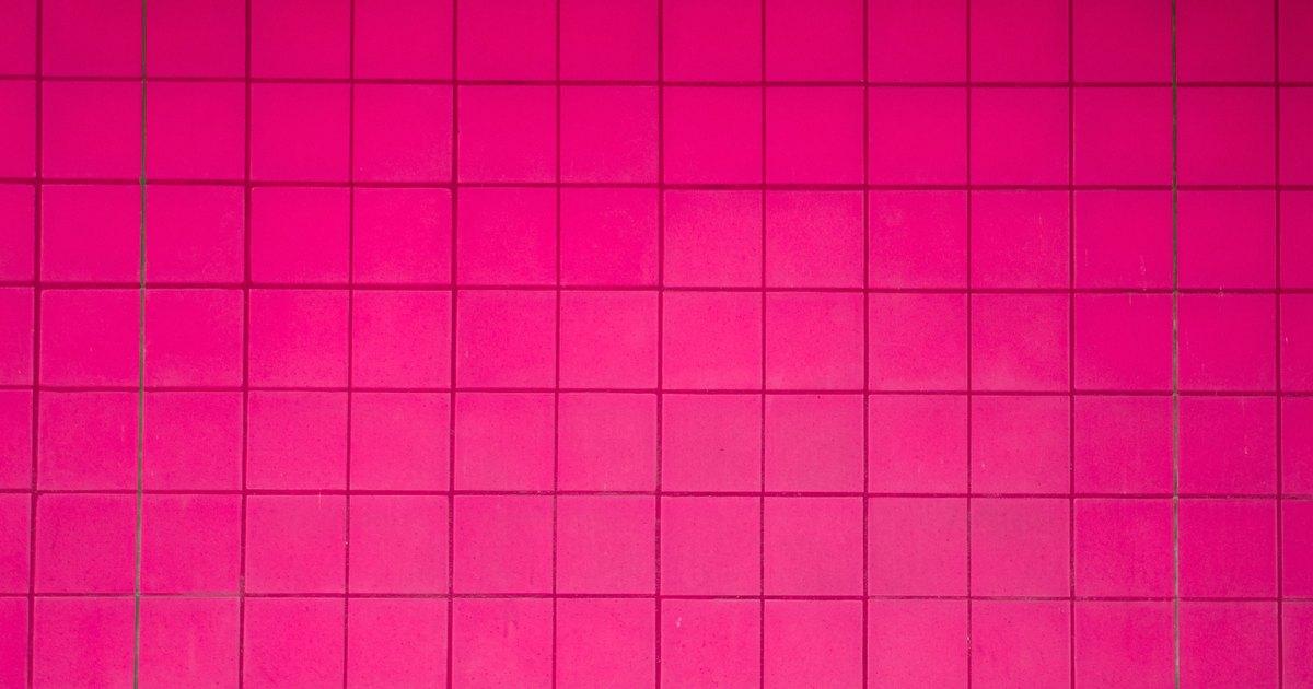 La mejor combinaci n de colores para ba o con azulejos rosados ehow en espa ol - Combinacion de azulejos para banos ...