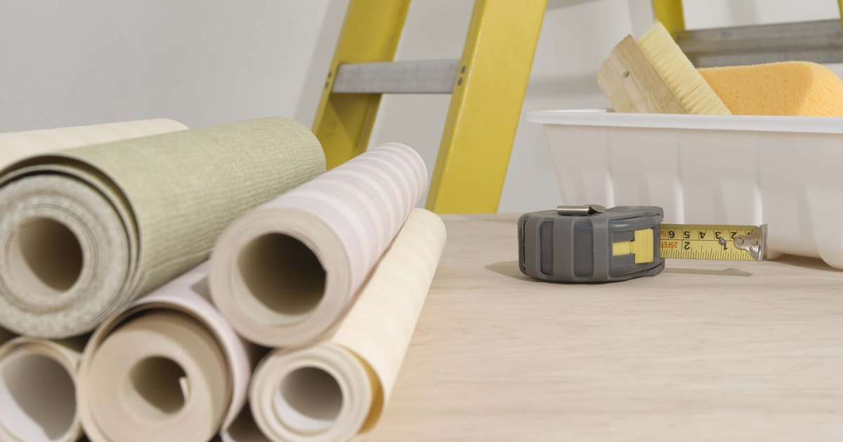 how to apply wallpaper paste to prepasted wallpaper ehow uk