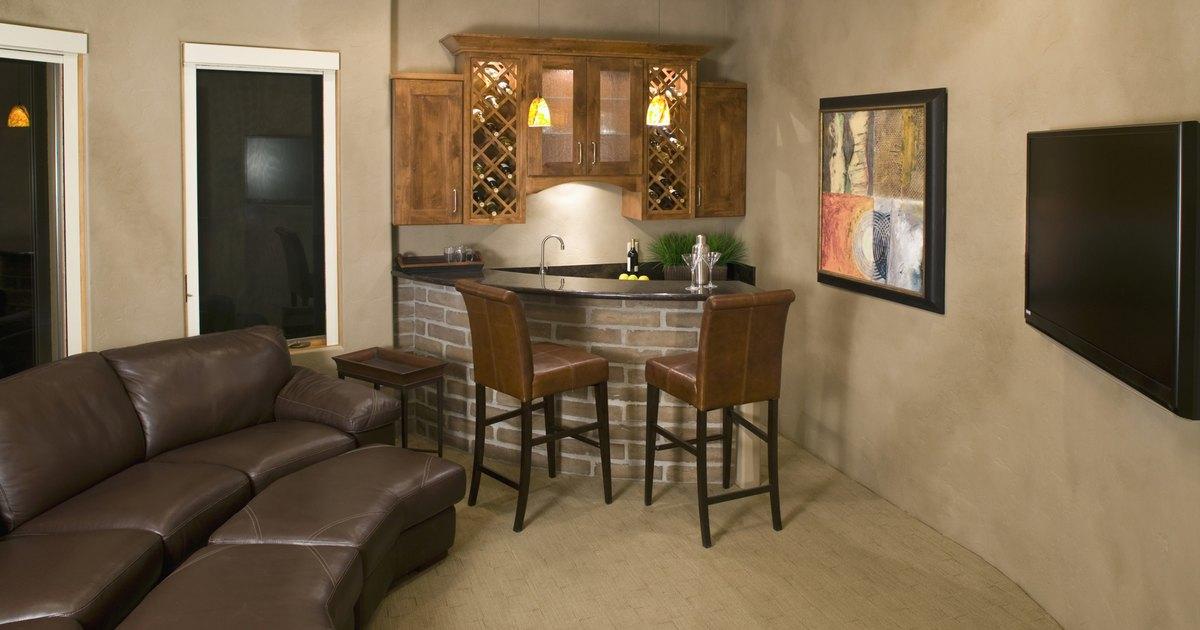 Ideas para decorar una sala de tv ehow en espa ol for Disenos de habitaciones para adultos