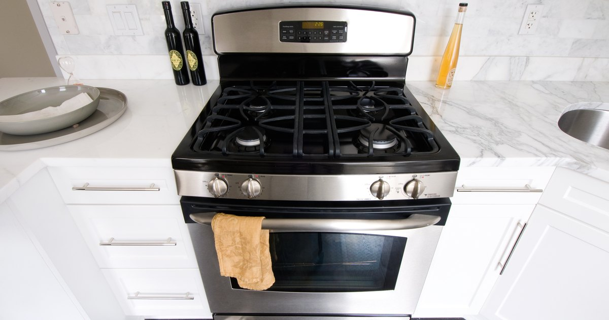 Natural oven cleaning tips ehow uk - Cookers and ovens cleaning tips ...