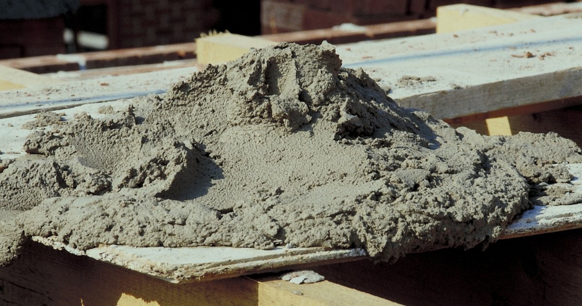 Concrete Mix In Clay : How to mix portland cement with sand ehow uk