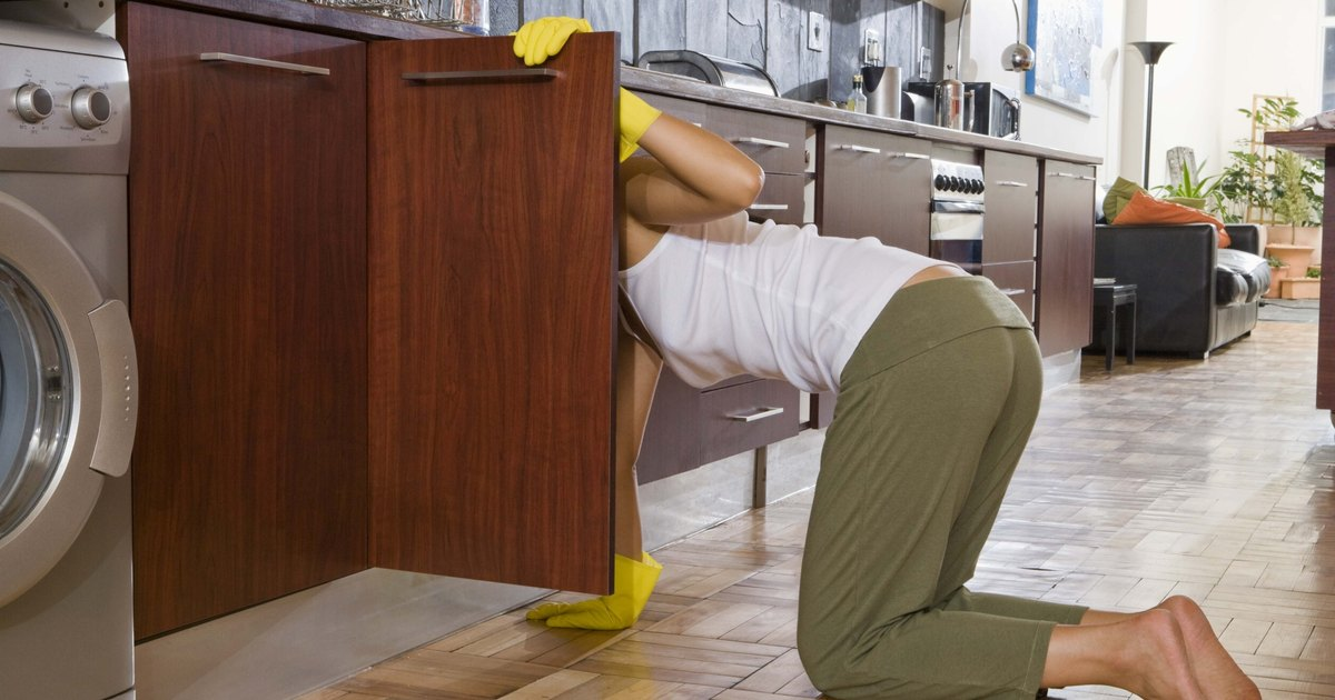 How To Restore Shine To Kitchen Cabinets