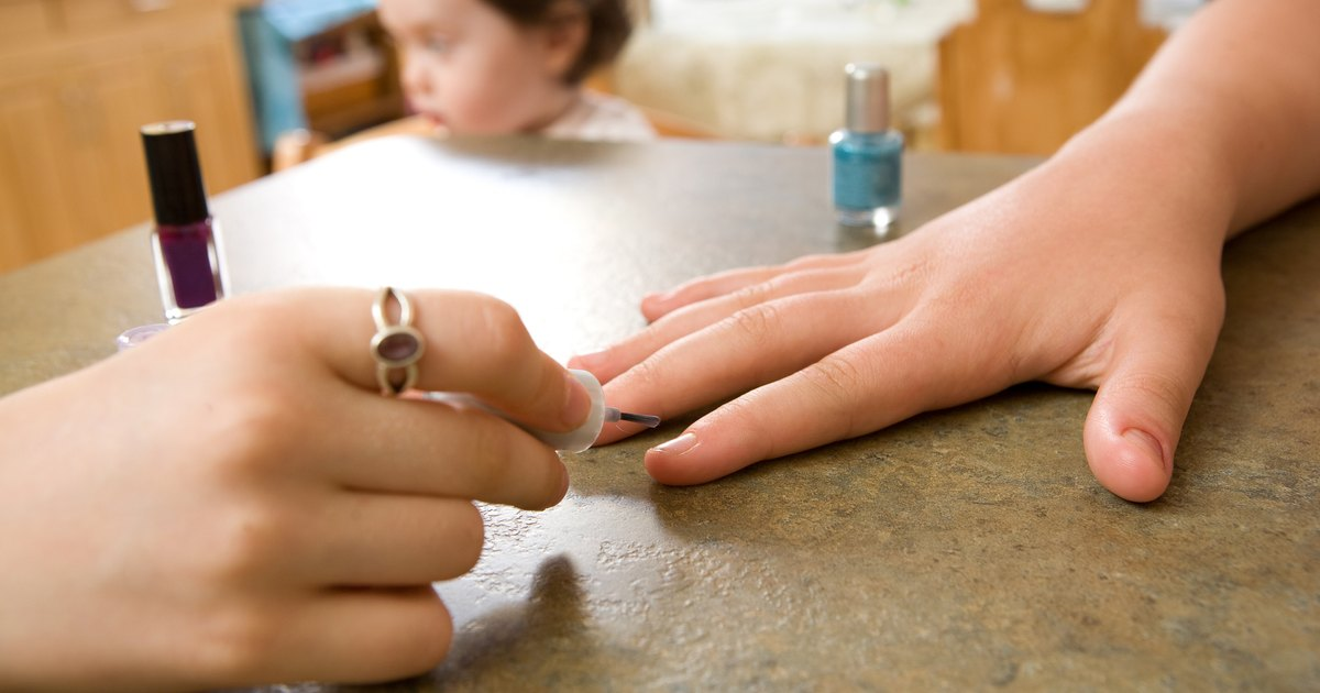 how to get shellac polish off nails