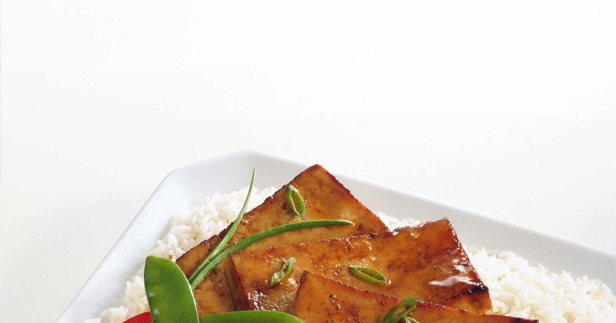 C mo cocinar el tofu correctamente ehow en espa ol for Como cocinar el tofu fresco