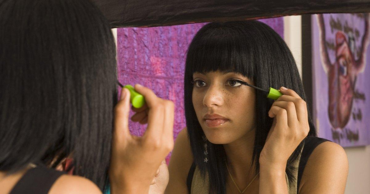 La máscara del cloruro de calcio para los cabellos