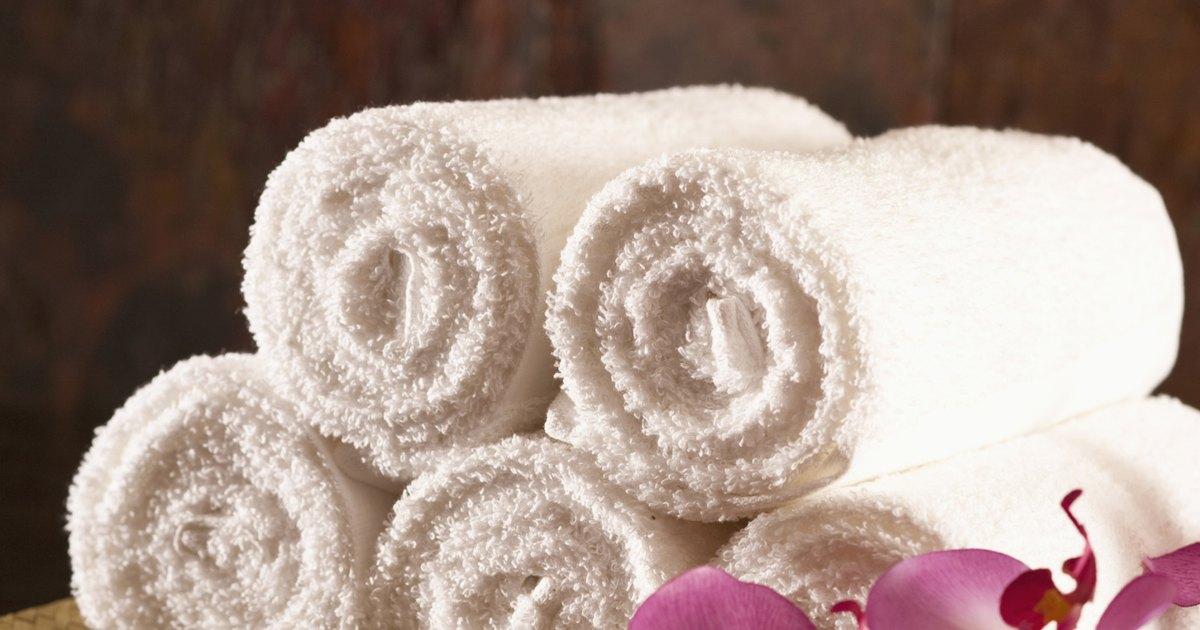 C mo colocar apliques en las toallas ehow en espa ol for Apliques para toallas