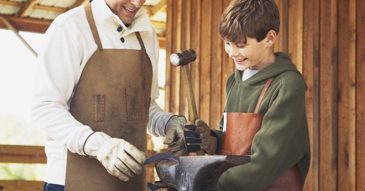 Una lista de herramientas artesanales de cuero y sus Herramientas artesanales