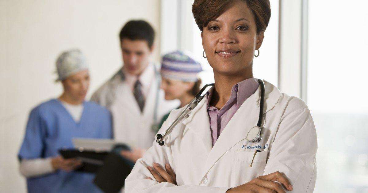 Appendicitis symptoms in women | eHow UK