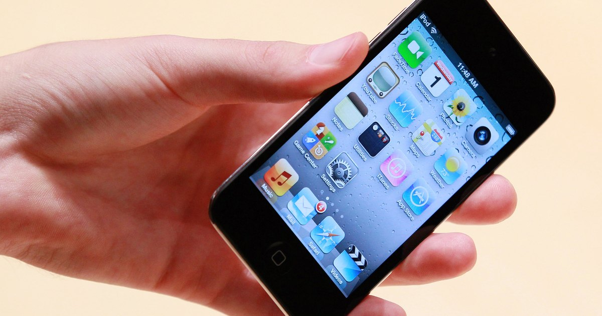 how the ipod touch differs from Apple has rejigged its ipod touch lineup to offer a cheaper version of the iphone without a phone the new ipod touch is remarkably similar to the old ipod touch, but it differs in three key ways.