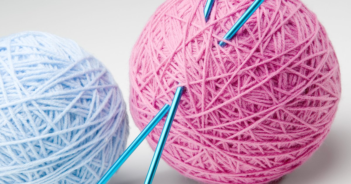 Knitting Straight Stitch On Circular Needles : How to Convert Knit Patterns on Circular Needles to Straight Needles eHow UK