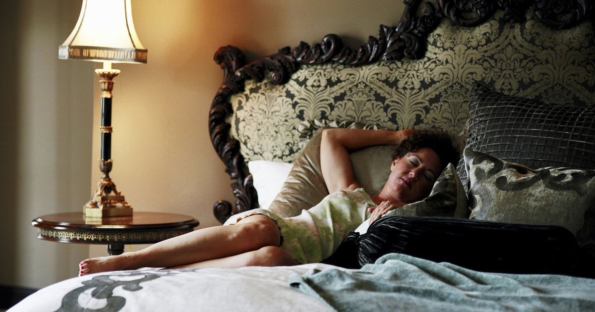 C mo subir una base de cama tama o matrimonial por las for Una cama matrimonial