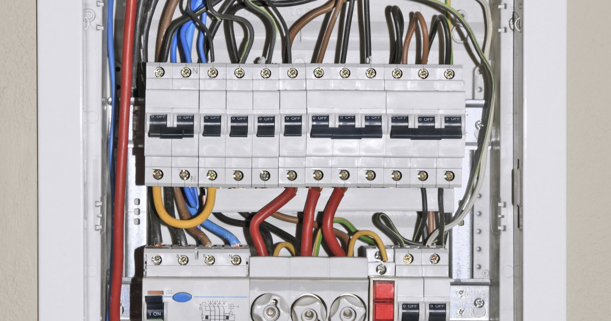 how to replace a fuse box with circuit breakers ehow uk change fuse in breaker box Old Breaker Box Fuses