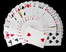 Cómo leer el futuro con cartas comunes de juego