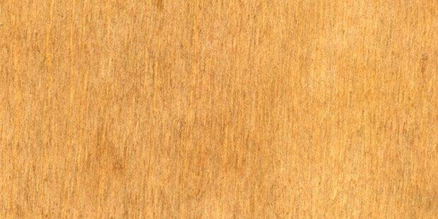 Como quitar barniz de una puerta top como renovar o restaurar un mueble tallado quitar laca Reparar aranazos madera barnizada