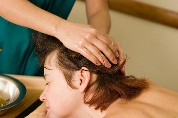 ¿Cómo ayuda el aceite de bebé a que el cabello crezca rápido?