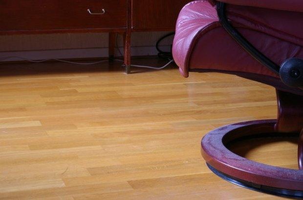Cómo afectan los muebles pesados a los pisos flotantes laminados ...