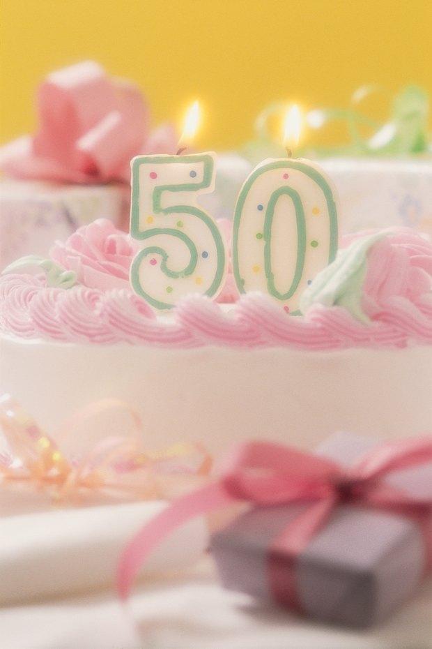 Ideas de recuerdos de fiesta hechos a mano para un cumpleaños 50 ...