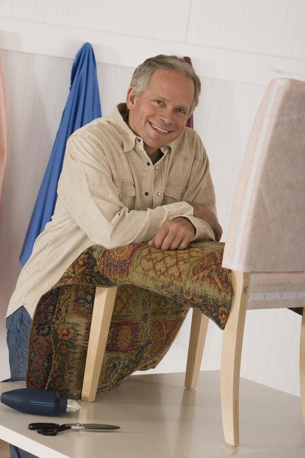 Cómo determinar la cantidad de tela necesaria para tapizar los ...