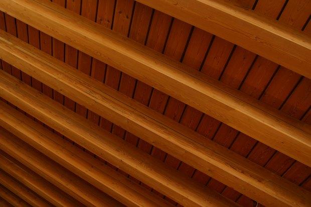 cmo pintar las vigas de madera del techo