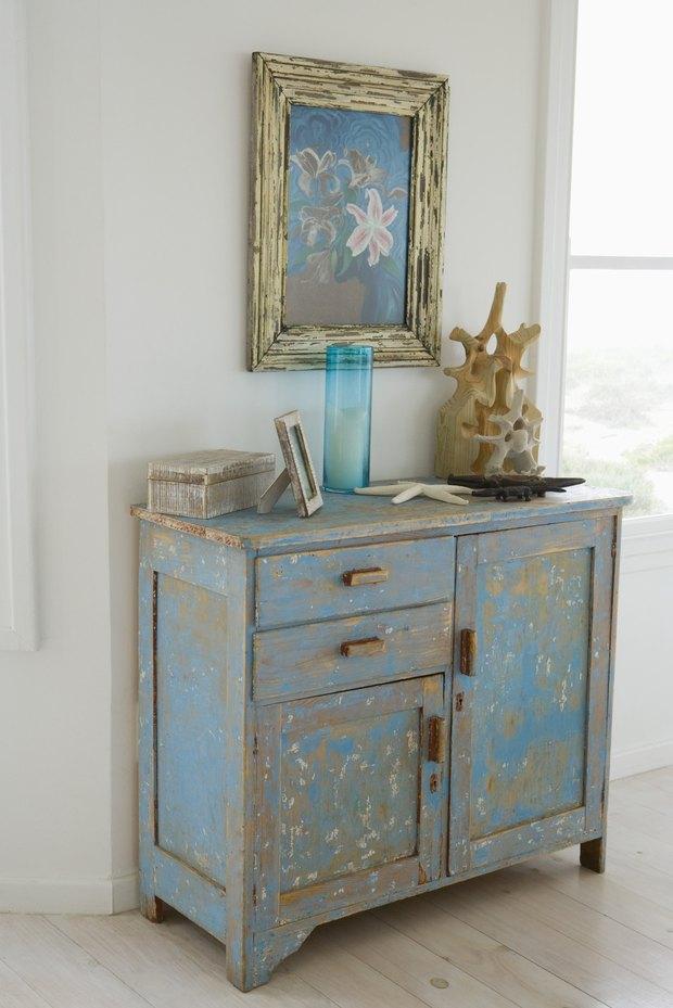 cmo pintar muebles para darles una apariencia desgastada estilo shabby chic