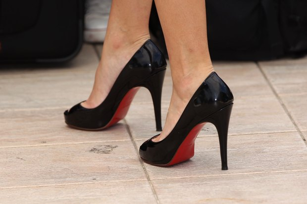 is the christian louboutin website fake