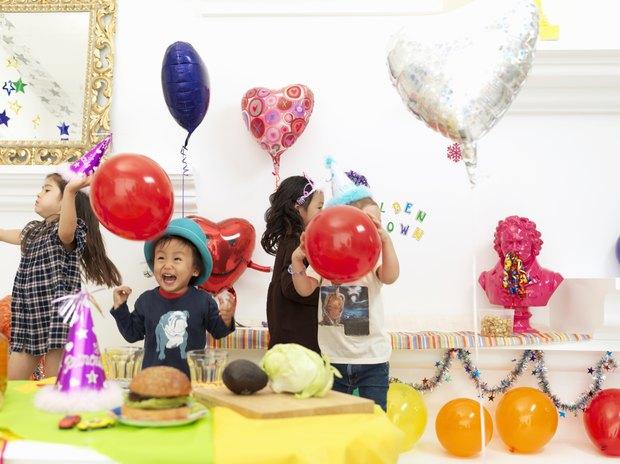 ideas de fiestas de cumpleaos de interior en invierno para nios de aos